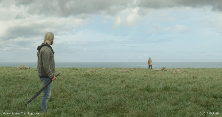 Thor-and-Odin-in-Marvel-Studios-Thor-Ragnarok-©-2017-Marvel